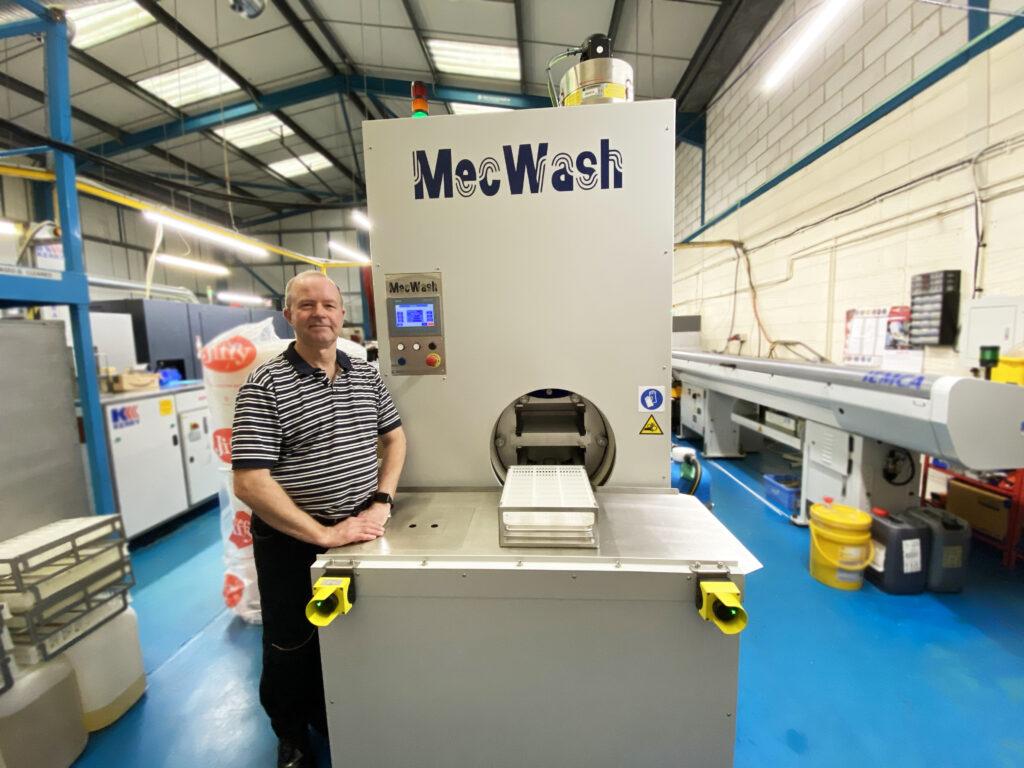 Mec wash news photo